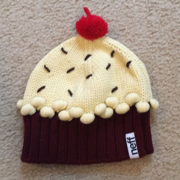 7088f0087c8 Neff women s winter hat- cupcake winter hat. M 5c0422e5409c153c9ea1006c